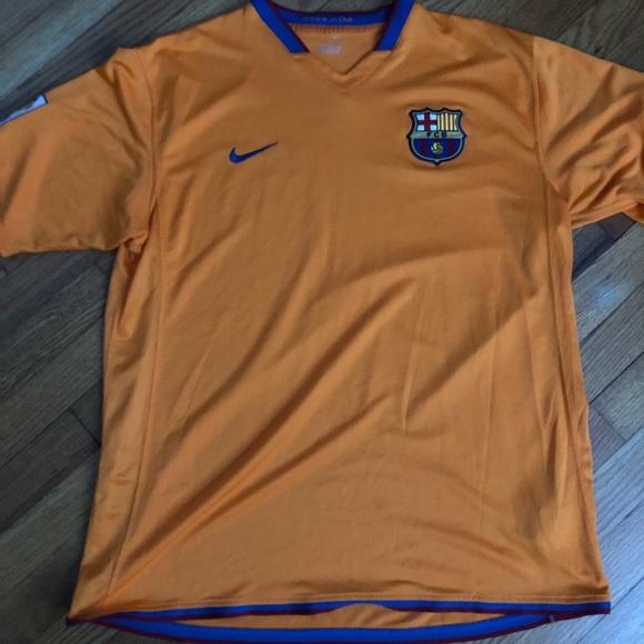 best service ca0a2 99b8c Orange Barcelona Practice Jersey